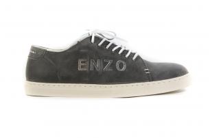Travel Enzo